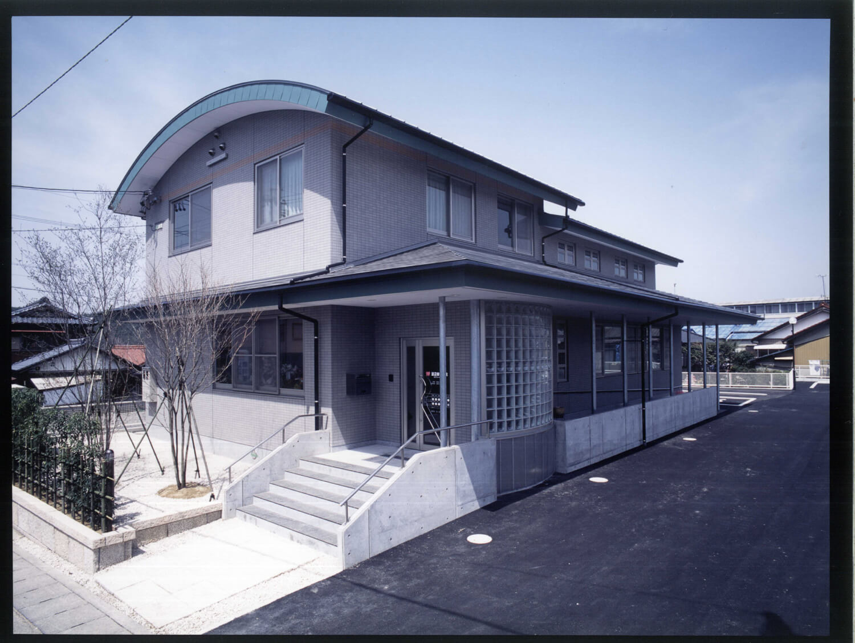 多治見市 渡辺歯科医院様 設計監理: 西寺設計室